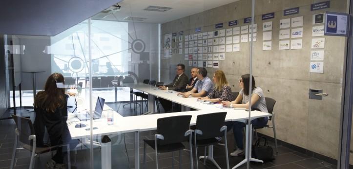 Visita empresas colaboradoras UJI a espaitec
